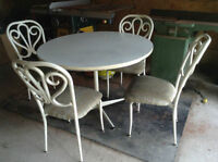 Great for Students! White Table & 4 Chairs!!!