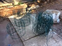 """Green wire garden fence / lawn edging 26"""" / 650mm high x 25m long self supporting plastic coated"""