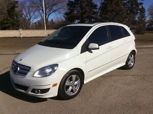 2010 Mercedes Benz B200, AUTO, LEATHER, ROOF, 152k, $8,500