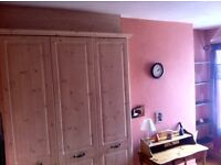Room available in Victorian 4 Bedroom House under 2 miles from Manchester centre -WIFI- Parking