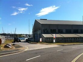 Business Unit available to rent in busy commercial site