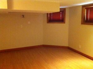Rooms for rent in London - downtown heritage home London Ontario image 2