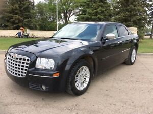 2010 Chrysler 300, Touring-Pkg, AUTO, LEATHER, ROOF, $5,500