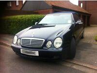 Merdedes CLK Cabriolet/Convertible Dark Blue, Bose upgrade, xenons