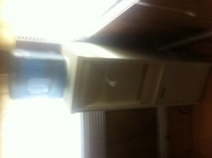 Oasis Water Cooler - Great Condition with Water Jug