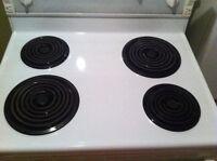 Cuisiniere whirlpool en tres bonne etat.