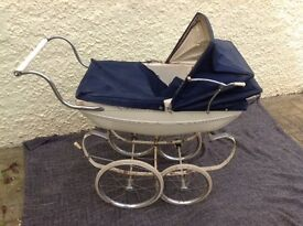 Vintage Silver Cross coach built doll's pram