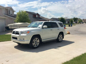 2012 Toyota 4Runner Limited - 7 Seater
