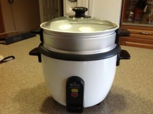 Rival RC100 5 Cup Rice Cooker