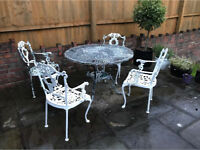 Antique metal garden patio furniture table and four chairs