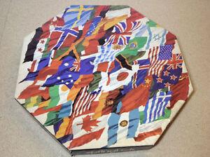 "Springbok Octagonal ""Flags of the World"" 500+ 21""x21"" puzzle Cambridge Kitchener Area image 1"