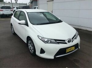 2015 Toyota Corolla ZRE182R Ascent S-CVT White 7 Speed Constant Variable Hatchback Cardiff Lake Macquarie Area Preview
