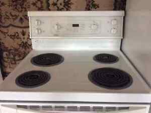 ELECTRIC KITCHEN STOVE & OTHER APPLIANCES
