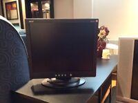 Moniteur / Écran d'ordinateur à DONNER