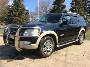 2006 Ford Explorer, Eddie Bauer, AUTO, 4X4, LEATHER/ROOF, $6,500