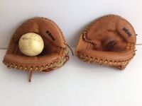 2 Spalding Professional Leather Baseball Gloves Mitts Catcher Left Hand