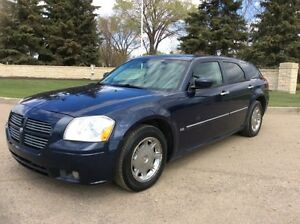 2006 Dodge Magnum, SXT-Pkg, Auto, Fully Loaded, $5,000