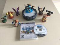 Skylanders-Spyros Adventures-portail- 8 figurines-50$