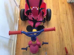 tricycle little likes pour fille en très bon etat
