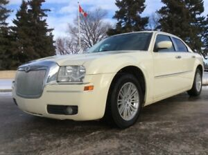 2009 Chrysler 300, TOURING-PKG, AUTO, LEATHER, ROOF!