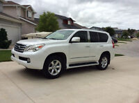 2010 Lexus GX 460 Ultra Premium Package with 2 DVD's