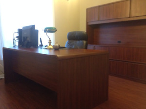 Office Furniture, Desk, Credenza, Chair, Lamp