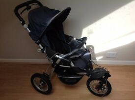 jane pram with car seat, carrycot, footmuff and all 3 rain covers