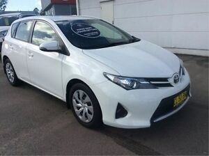 2014 Toyota Corolla ZRE182R Ascent S-CVT White 7 Speed Constant Variable Hatchback Cardiff Lake Macquarie Area Preview