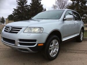 2006 Volkswagen Touareg, AUTO, AWD, LEATHER, ROOF, $9,500