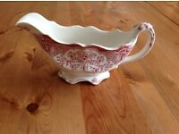 Pink and white gravy boat - VGC