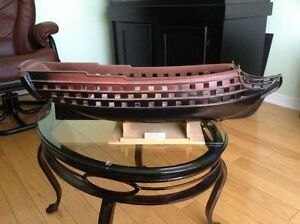 Maquette en bois navire en bois 98 canons