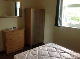 2 very large rooms with all bills inc. less than 10mins to West Brompton Station