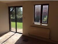 *** ONE BED GROUND FLOOR FLAT ** NO BOND OR ADMIN ** UNFURNSIHED ** BD8 0NL