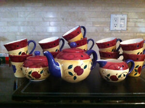 Ceramique Mugs, teapot, sugar bowl, milk jug, & platter