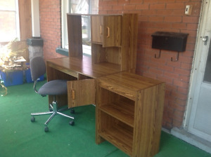 Computer Desk with side shelf and adjustable chair
