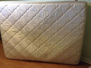 queen size simmons mattress and boxspring delivery included