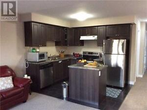 BEAUTIFUL TOWNHOUSE FOR RENT IN BRANTFORD