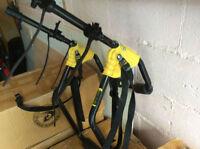 Porte vélo compact (2 vélos) rack berline ou sedan SARIS