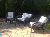 set de patio, en rotin synthetique