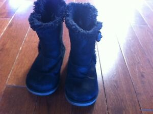 Girls Toddler - Size 10-1/2 Black Suede Airwalk Boots