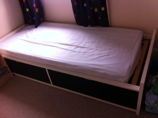 Ikea Leksvik Kinderbett Nachfolger ~ Flaxa Bed  Ikea Flaxa Bed in great condition 2 large storage drawers