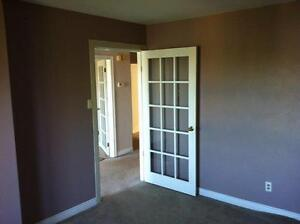 3 - 4 Bedroom Upper Flat in House - Middle Sackville