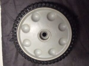 Tondeuse/Lawnmower MTD Front  drive wheel (roue)