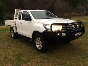 2015 Toyota Hilux SR Extracab Yass Yass Valley Preview