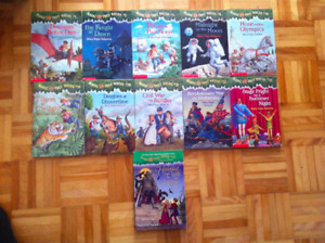 Lot: Magic Tree House Series Books (11 books)
