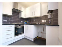 A MODERN 3 BED FLAT with BALCONY & LOUNGE