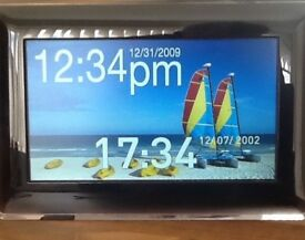 "Samsung 7"" LCD Digital Photoframe"
