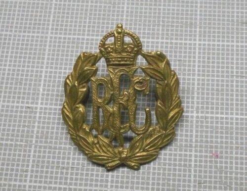Original WWI British Royal Flying Corps Cap Badge