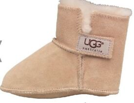 Baby infant erin ugg boots. Size large. To fit 18-24 months.