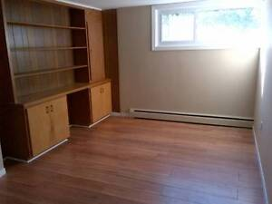Room for Rent-All Inclusive $450-Jan 1st Kitchener / Waterloo Kitchener Area image 7